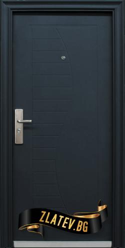 Блиндирана входна врата модел 701 B